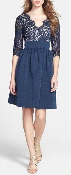Falda azul sencilla pero hermosa