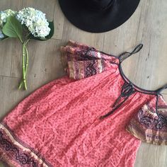 Free People Dress Beautiful dress with open shoulders. This dress fits more loose, if you're a size small normally you can definitely fit in the XS. I've only worn this a couple times and it's in perfect condition.  Free People Dresses