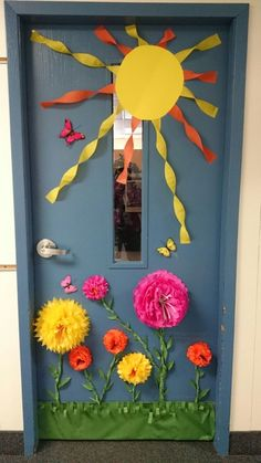 Toddler Classroom Door Ideas Spring 22 Ideas For 2019 Teacher Door Decorations, School Decorations, Summer Door Decorations, Toddler Classroom Decorations, Garden Theme Classroom, Classroom Wall Decor, Preschool Classroom Decor, Infant Classroom, Preschool Ideas