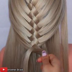 Unique Braided Hairstyles, Easy Hairstyles For Long Hair, Girl Hairstyles, Hair Up Styles, Hair Videos, Hair Hacks, Hair Makeup, Hair Cuts, Hair Beauty