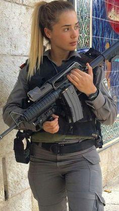 Idf Women, Military Women, Military Female, Israeli Female Soldiers, Mädchen In Uniform, Israeli Girls, Military Girl, Warrior Girl, Girls Uniforms