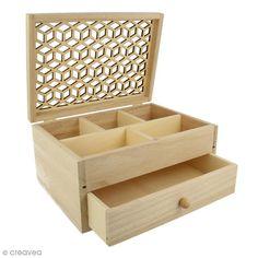 Compra nuestros productos a precios mini Joyero de madera - Diseño calado - 19,8 x 15 cm - Entrega rápida, gratuita a partir de 89 € ! Diy Wood Projects, Wood Crafts, Diy And Crafts, Small Jewelry Box, Wooden Jewelry Boxes, Woodworking Patterns, Woodworking Furniture, Cardboard Box Crafts, Bois Diy