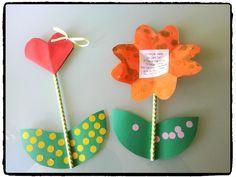 Billiges Vatertagsgeschenk une jolie fleur pour la fete des mamies, fête des mamans, cadeaux à offrir, en. Diy And Crafts, Crafts For Kids, Arts And Crafts, Diy Paper, Paper Crafts, Church Crafts, Dad Day, School Art Projects, Craft Club