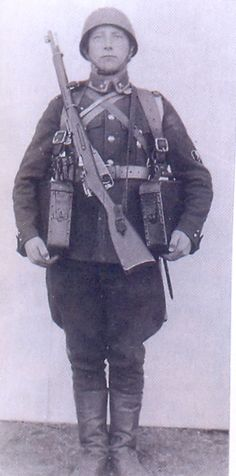 Estonian soldier with Estonian Shortened Military Rifle M1935. The Shortened Military Rifle M1935 was basically modernized version of the Mosin-Nagant M1891. It was given new 600mm shorter barrel and new modern sights in the Arsenal Tallinn.
