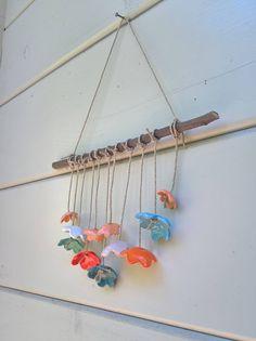 Artisan ceramic flower wall hanging - Multicolor wall hanging - Flower power decoration - interior decor - garden decor - driftwood hanging door YayasCeramics op Etsy