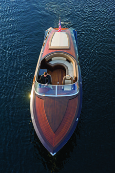 """The powerful beauty of a Coeur 340 """"Pure"""" custom built wooden boat by Coeur d'Alene Custom Wood Boats Wooden Speed Boats, Wood Boats, Yacht Design, Boat Design, Riva Boot, Course Vintage, Runabout Boat, Wood Boat Plans, Classic Wooden Boats"""