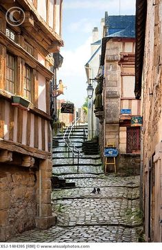 old street, St. Goustan