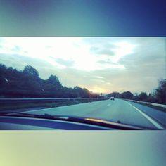 Por la autopista... #ocaso #sol