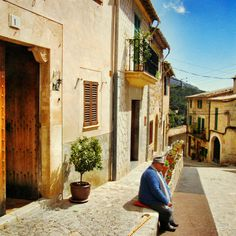 Just an old man in an old street. Valldemossa, Mallorca. Spain. Photocred: Dani Stoner