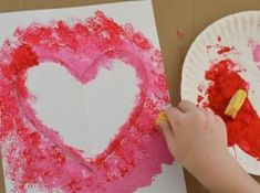 Sponge Painted Hearts Valentine's Day Art Project - The Resourceful Mama Easy Valentine Crafts, Valentine Activities, Homemade Valentines, Valentine Day Crafts, Preschool Art Activities, Kindergarten Art Projects, Painting Activities, Preschool Calendar, Art Nouveau