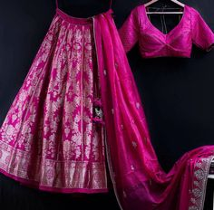 Indian Wedding Gowns, Indian Bridal Lehenga, Indian Dresses, Indian Outfits, Indian Clothes, Half Saree Designs, Choli Designs, Lehenga Designs, Blouse Designs