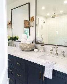 Small Bathroom Remodel Ideas – Have you ever visiting your grandpa old house? Have you ever listen to their story about their old house looks like? One common model of their old house design were…More Home, Bathroom Remodel Master, Bathroom Makeover, Bathroom Trends, Navy Bathroom, New Homes, Bathroom Decor, Bathroom Renovation, Bathroom Inspiration