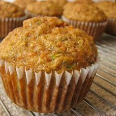 Zucchini Carrot and Banana Muffins with Flour Sugar Cinnamon Baking Soda Kosher Salt Baking Powder Carrots Zucchini Banana Eggs Vegetable Oil Vanilla Extract Healthy Muffins, Healthy Snacks, Baby Food Recipes, Baking Recipes, Chili Recipes, Banana Zucchini Muffins, Gluten Free Zucchini Muffins, Hardboiled, Desert Recipes
