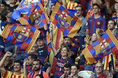 La afición del Barcelona y de la Juventus calentaba el ambiente desde mucho antes de empezar el partido.  http://www.rtve.es/champions