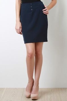 love this classic pencil skirt paired with the nude shoe!!!!