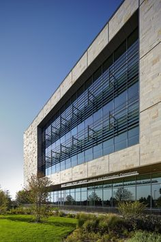 GVSU Pew Library / Stantec