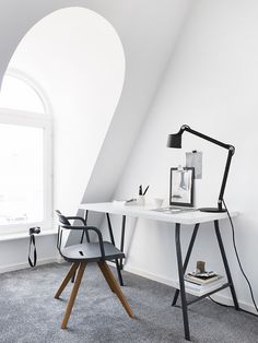 Simple home office inspiration, arched attic window, scandinavian interior design Home Office Inspiration, Workspace Inspiration, Decoration Inspiration, Interior Inspiration, Design Inspiration, Decor Ideas, Workspace Design, Home Office Design, Home Office Decor