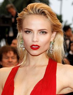 Hot Red Lips