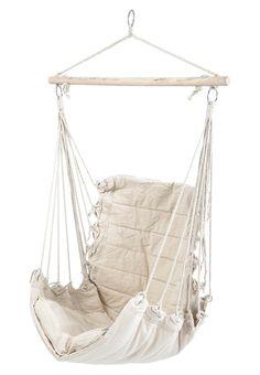 Bequemer Hängestuhl zum Entspannen von Bloomingville: http://zln.do/MryiVt