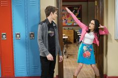 """#GirlMeetsWorld 3x02 """"Girl Meets High School: Part Two"""" - Farkle and Smackle"""