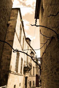 Por las calles de #Sarlat...
