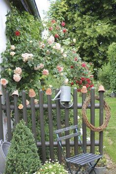 Furnishing in the green: the most beautiful ideas for your garden basteln dekoration garten hintergrundbilder garden photography roses Garden Types, Cottage Garden Design, Garden Art, Diy Garden, Farm Gardens, Outdoor Gardens, English Gardens, Amazing Gardens, Beautiful Gardens
