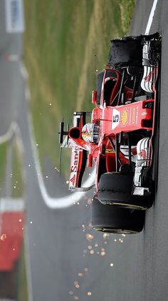 2017/7/16:Twitter:.@autosport: Pirelli says Vettel and Raikkonen had totally different tyre problems in last-gasp #BritishGP drama: