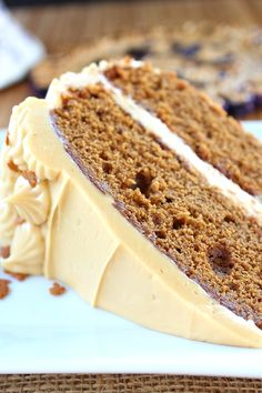 Gingerbread Cake with Molasses Cream Cheese Frosting is a delicious cake with a molasses frosting that is to die for. Holiday Baking, Christmas Desserts, Christmas Baking, Christmas Cakes, Italian Christmas, Cupcakes, Cupcake Cakes, Cupcake Recipes, Baking Recipes