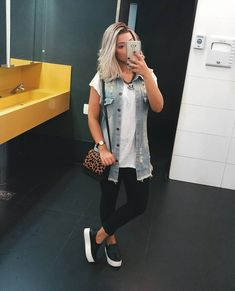 clothes for women,casual outfits,base layer clothing,casual outfits Lazy Day Outfits, Casual Summer Outfits, Cute Outfits, Vest Outfits, Denim Outfit, Stylish Mom Outfits, Fall Outfits, Style Converse, Birkenstock Outfit