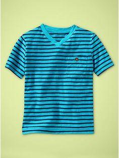 Striped pocket V-neck T