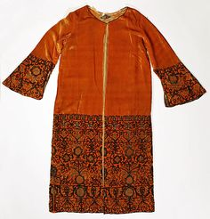 Coat Vitaldi Babani (French, born Middle East, active 1895–1940) Date: ca. 1926 Culture: Italian Medium: silk, metal Dimensions: Length at C...