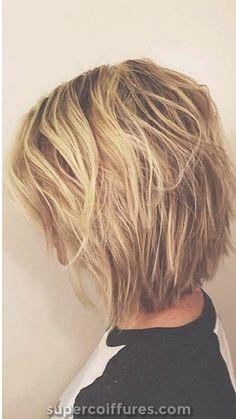 66 Chic Short Bob Hairstyles & Haircuts for Women in 2019 - Hairstyles Trends Textured Bob Hairstyles, Short Layered Haircuts, Layered Bob Hairstyles, Messy Short Hairstyles, Bobs For Thin Hair, Short Hair With Layers, Short Hair Cuts, Short Hair Styles, Thick Hair