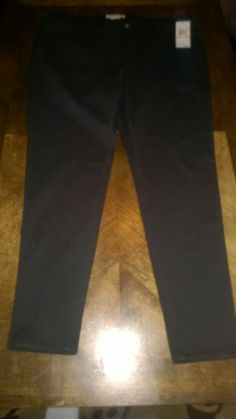Michael Kors NWT Black Pants. Size 18W. Retails for $99.50 Jegging/Tights Style.