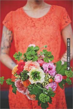 pink green and orange bouquet | VIA #WEDDINGPINS.NET