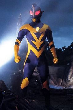 Ultraman Shadow from ULTRAMAN ZEARTH II (1997). I always thought that he looked like a wasp, or bumble bee.