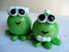 Frog Wedding Cake Topper, Polymer Clay Frog Cake Topper Customizable