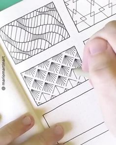 Flower Doodles Discover Pattern Doodle Ideas Timelapse for Bullet Journal Simple abstract pattern ideas for bullet journal Doodle Art Designs, Doodle Patterns, Zentangle Patterns, Art Drawings Sketches Simple, Pencil Art Drawings, Abstract Sketches, Doodle Art Drawing, Zentangle Drawings, Zentangles