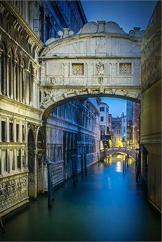 ~~bridge of sighs | Piazza San Marco, 1, Venezia, Italy by gazzajb: Digital Photography Review~~