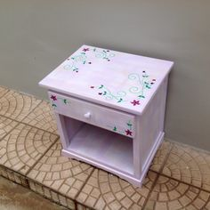 Como pintar móveis e deixá-los com ar romântico – Faça você mesmo – Além da Rua Atelier