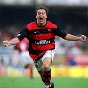 Um Flamengo e Vasco. Uma falta, um gol! Petkovic, 2001