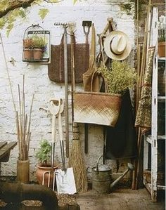 garden shed, garden tools, vine, straw hat. Please credit use to paul raeside Living Haus, Potting Sheds, Potting Benches, Interior Stylist, My Secret Garden, Garden Pots, Garden Sheds, Garden Gear, Backyard Sheds
