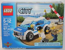 LEGO City - POLICE PATROL CAR - 4436 - 97 Pcs (2012) Trooper Robber Minifigs NEW