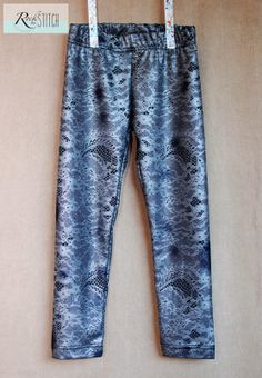 Rock the Stitch: Girls Basic Leggings - free pattern! T6