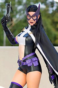 1000+ images about Huntress Cosplay on Pinterest | Justice ...