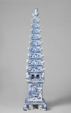 Flower pyramid, attributed to De Metaale Pot, c. 1692 - c. 1700