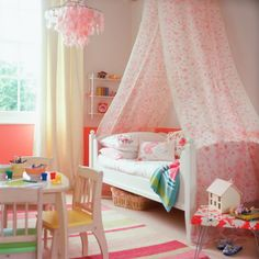 Child's bedroom with easy art gallery | Budget children's room design ideas | Design | housetohome.co.uk