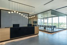 View the full picture gallery of Regus Business Center Modern Reception Desk, Reception Desk Design, Hotel Reception, Reception Areas, Office Interior Design, Office Interiors, Interior Paint, Fall Home Decor, Autumn Home