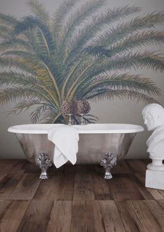 The aptly named palm leaf bath.