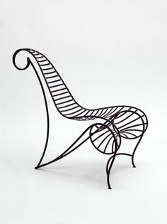 Spine Chair by André Dubreuil. Collection of the V&A.