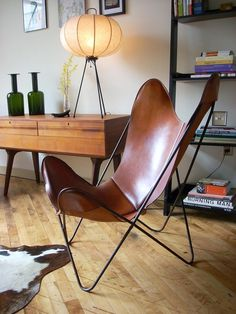 Leather BKF Butterfly Chair, by Bonet, Kurchan, Ferrari-Hardoy, 1938.